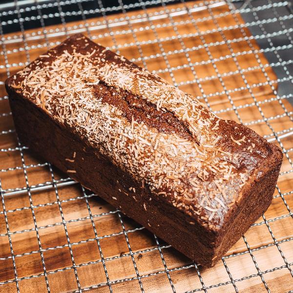 GLUTEN FREE – RASPBERRY & COCONUT – BANANA BREAD – LOAF – 1.5KG